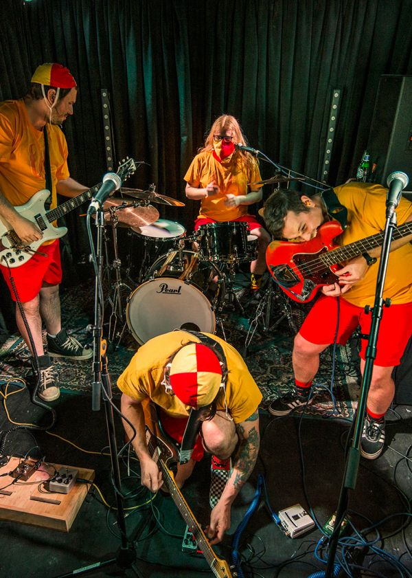 The Wendys, Violet French Duo And More Live