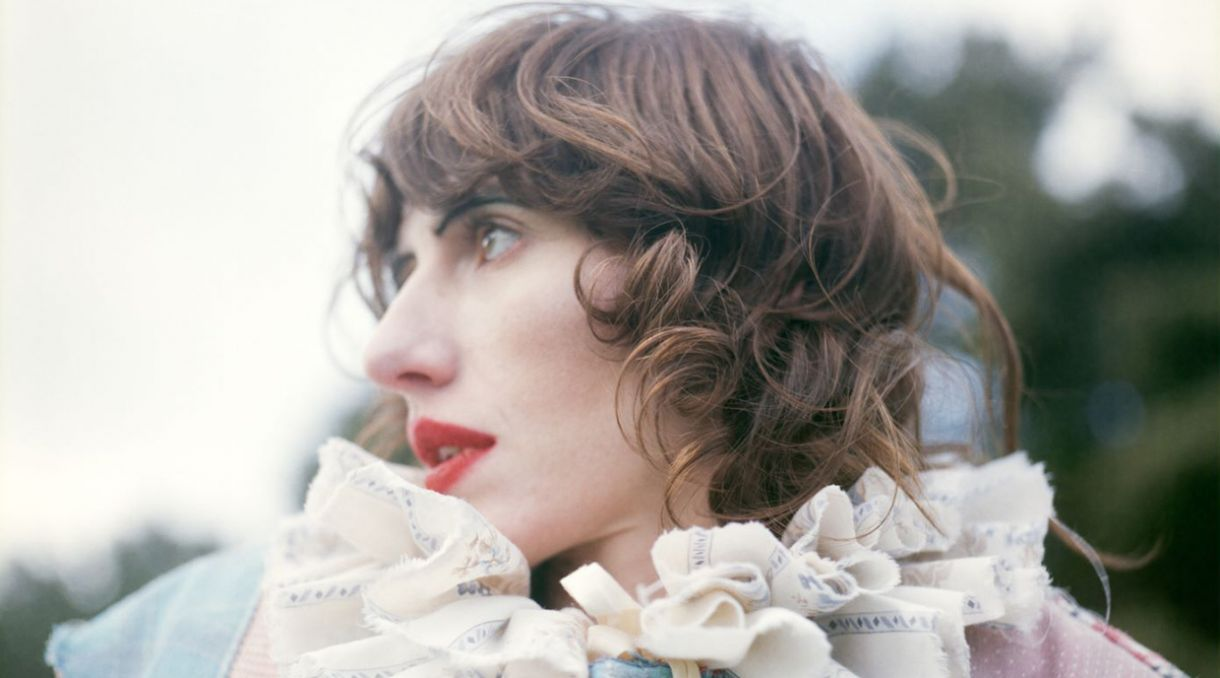 Watch Aldous Harding's Video For 'Zoo Eyes'