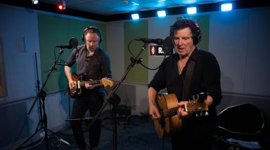 Caught Live: Delaney Davidson & Barry Saunders Play 'Word Gets Around' On RNZ