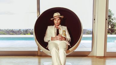Interview: Gaz Coombes Talks Solo Music and Astrology