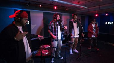 Caught Live: Che Fu + IllBaz + Melodownz + Raiza Biza Play 'Sky High' On RNZ