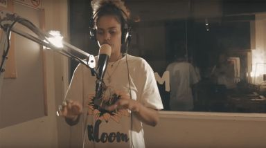 Caught Live: JessB Performs 'Take It Down' On 95bFM
