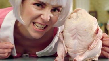 Video: Scarlett Lashes - Chicken Thighs