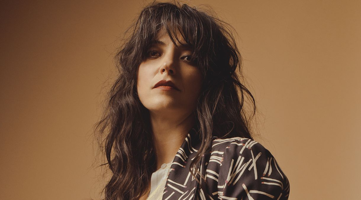 Interview: Sharon Van Etten Talks Therapy, Family and Comedy