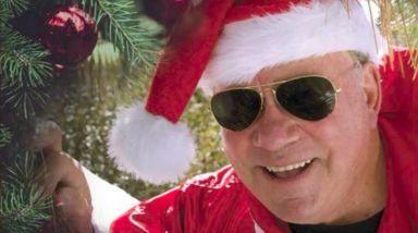 Listen To William Shatner's Christmas Album 'Shatner Claus'