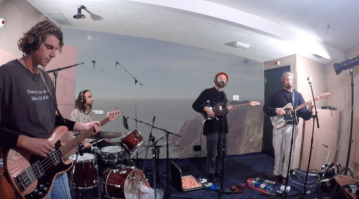 Caught Live: Soaked Oats Play 'Sludge Pop' EP On Radio One
