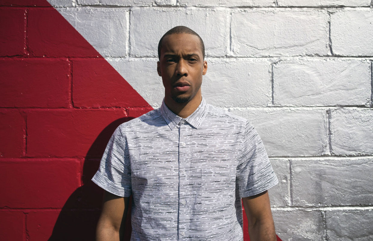 D-Town hip hop artist Black Milk has revealed the dates for two New Zealand shows in November.  The versatile producer and rapper, whose real name is Curtis Cross, has six full length studio albums tucked under his belt which have seen him working with... <span class='readMoreLink'><a href='/news/11436/Black-Milk-Announces-Two-New-Zealand-Shows.utr'>&mdash;more</a></span>