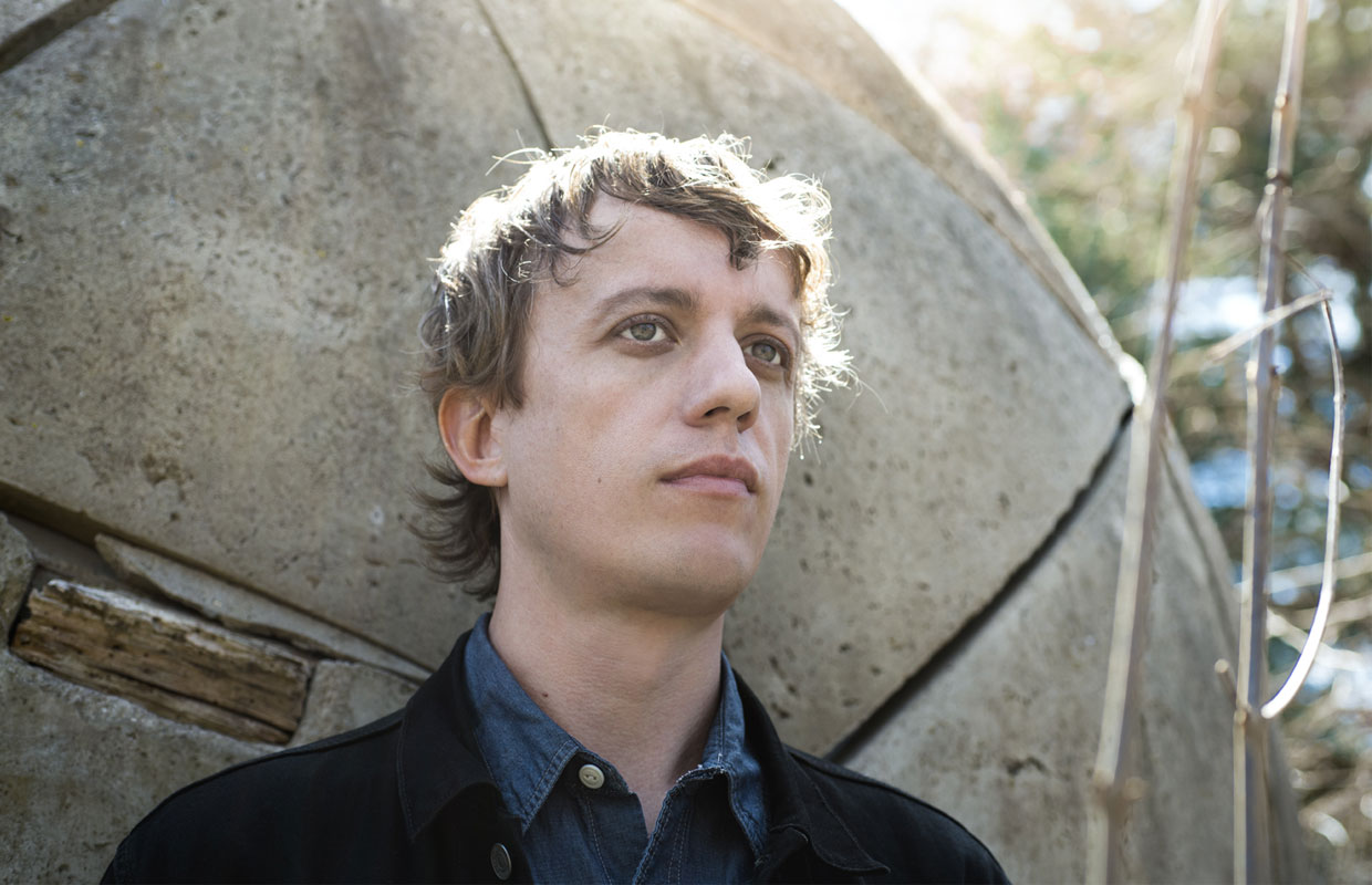 New York-based singer, songwriter and guitar slinger Steve Gunn is heading to New Zealand for four shows in July on the heels of releasing his latest solo record Eyes on the Lines. With a career stretching back 15 years, the prolific folk-rock... <span class='readMoreLink'><a href='/news/12514/Steve-Gunn-Announces-New-Zealand-Tour-For-July.utr'>&mdash;more</a></span>