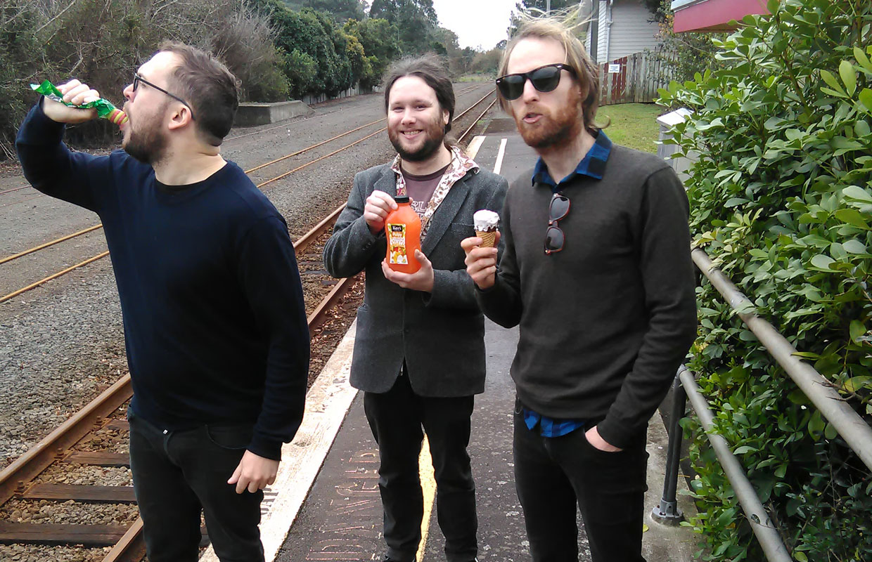 Christchurch trio T54 are kicking off a four-date tour tonight with a hometown show before working their way up to Wellington, then Whanganui and eventually ending up in Barrytown. The long-awaited jaunt has been timed nicely to coincide with the... <span class='readMoreLink'><a href='/news/11521/Listen-T54---Birds-First-Practice.utr'>&mdash;more</a></span>