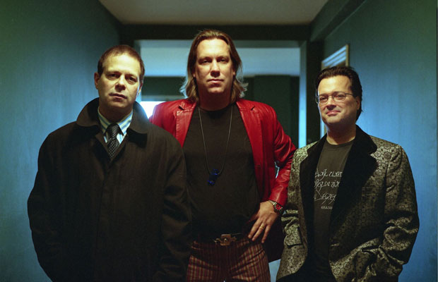 Last month we were delighted to share 'Love Love Love Love',  the first musical offering from Violent Femmes in 15 years, which also came with whispers of an EP in the works. Now the 90s alt icons have returned with the rumoured EP,... <span class='readMoreLink'><a href='/news/9591/Stream-Violent-Femmes-New-EP-Happy-New-Year.utr'>&mdash;more</a></span>