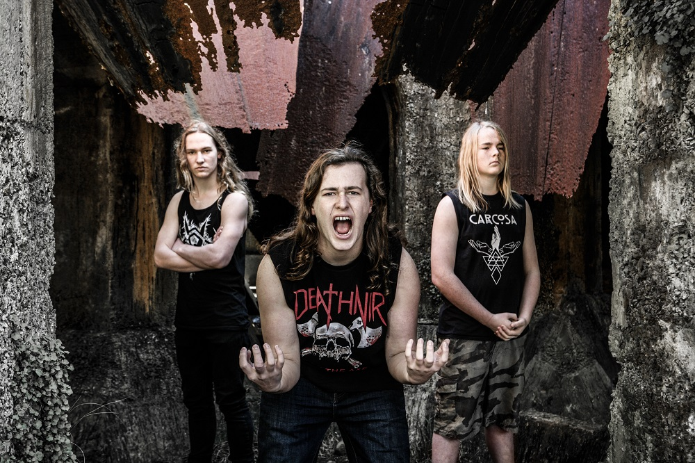 Summer In The Square - Alien Weaponry