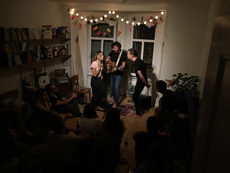 Luke Thompson and Joseph & Maia - Living Room Tour