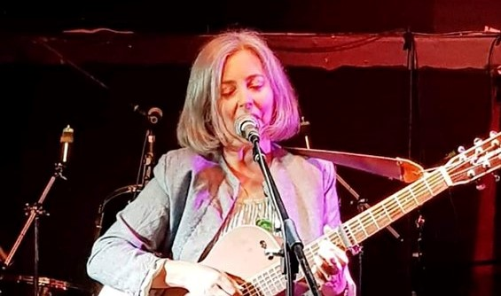 Songwriters' Sunday #18 - Featuring Annette Esquenet